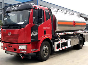 解放单桥12吨铝合金油罐车 运油车 罐车 槽罐车图片