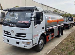东风福瑞卡5吨油罐车 运油车 槽罐车