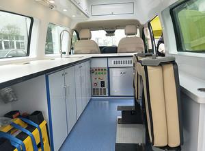 奔驰 水质检测车(流动服务车)图片
