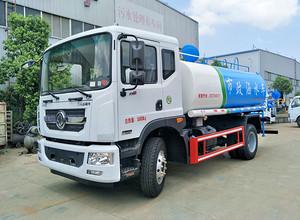 东风12吨洒水车厂区内试车中 即将发往天峻县图片
