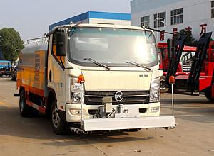凯马5吨路面养护车图片