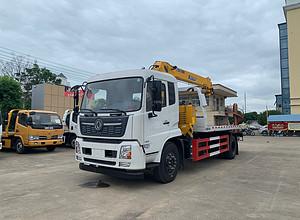 国六东风天锦带6.3吨吊机一拖二清障车图片