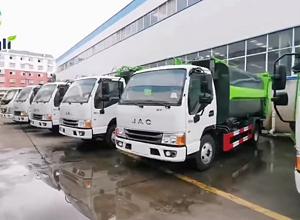 江淮侧挂桶垃圾车
