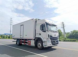 柳汽乘龍6.8米冷藏車圖片