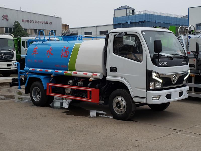 北京环保洒水车一东风多利卡5吨洒水车