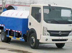 东风轻型5吨清洗车